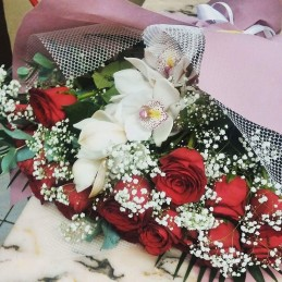 ORCHID AND ROSES - FLOWER ORCHID AND 20 RED ROSES