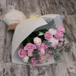 PINK LADY - FLOWER WITH 30 WHITE / PINK ROSES AND Eucalyptus